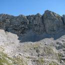 Drugi obraz Vršaca. Na prejšnjih fotkah kopast,  zdaj pa dolg in grebenast.