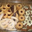 mehki cimetovi keksi, orehovi rogljički, čokoladno orehove lunice SloKul