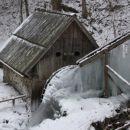 Žagerski mlin v mrzlih dneh