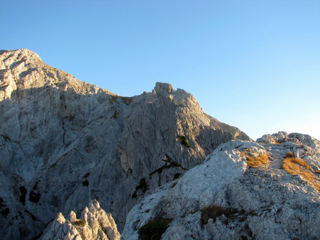 Pogled s Staniča naprej po grebenu
