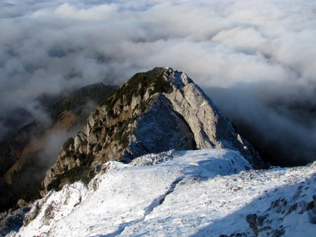 Pogled po grebenu nazaj.