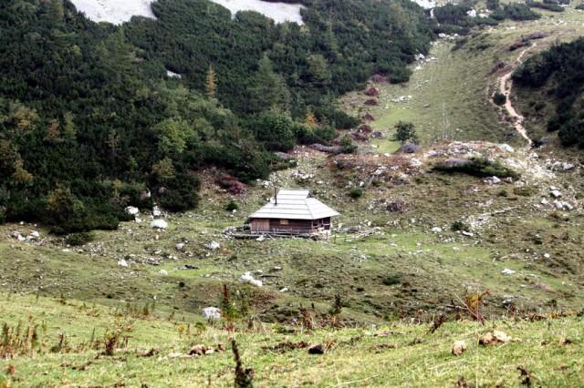 Pastirska koča na planini Koren.