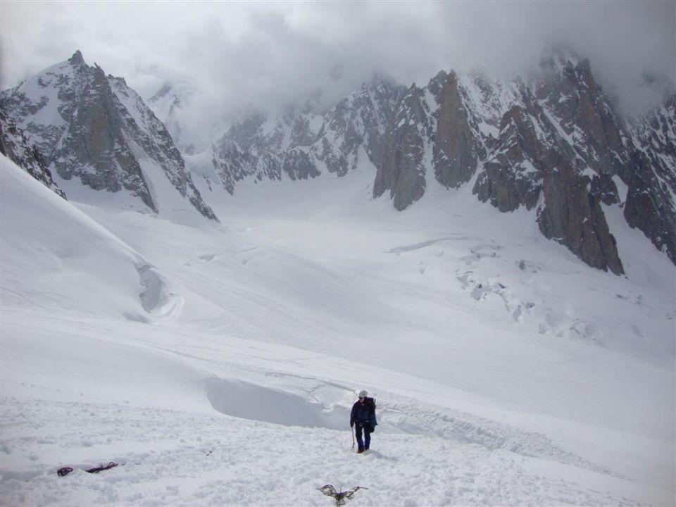 AŠ Kamnik - ledeniški tečaj - 24. - 27.4.2010 - foto povečava