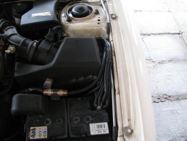 2x 4mm2 kabli za avto radio 2x 6mm2 kabli za zadnjo 12V vtičnico 2x  10mm2 kabli za inve
