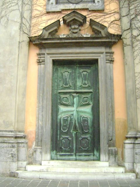 I like a good door!  - foto