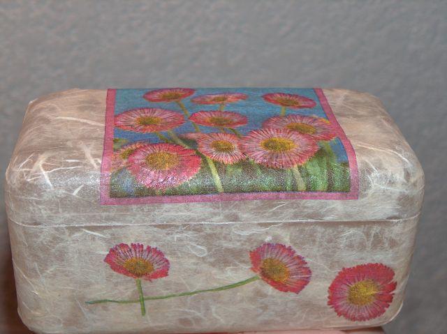 škatlica od ferrero roche, rižev papir, servetek
