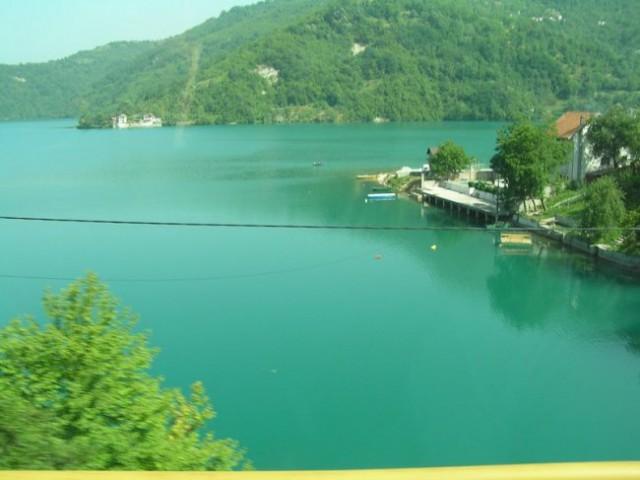 Akumulacijsko jezero hidroelektrarne Jablanac