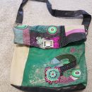 Desigual org. torbica, nošena a solidno ohranjena