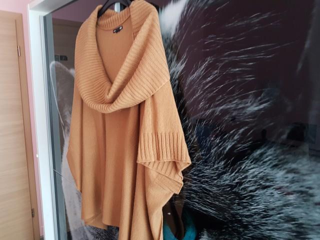 ženska oblačila v vel.xs, s in m - foto