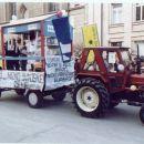 PUST leta 2001 v občini  Šmarjeta Leclerck trgovina