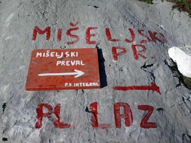 Debeli vrh 1.10.2011 - foto