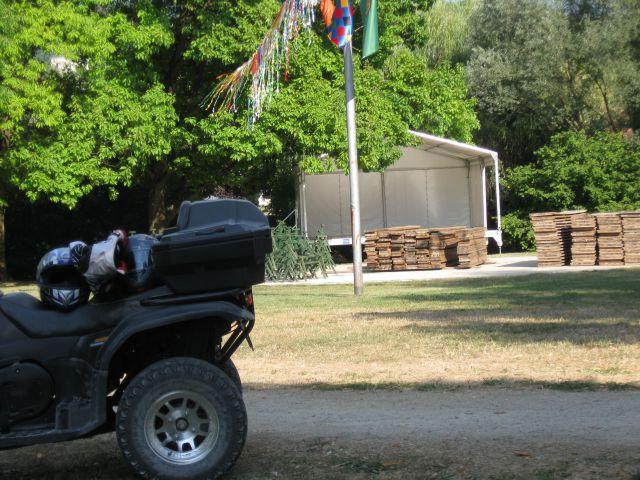 Trdinov vrh julij 2011 - foto