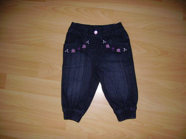 Jeans v 74 cena 3 eur oblečene 1-2 krat