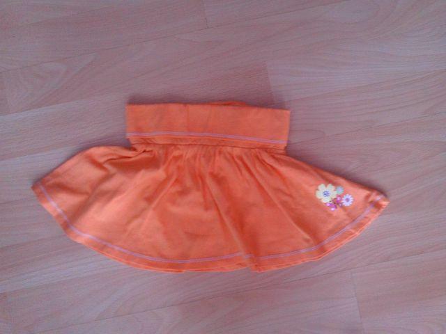 Krilce SHEROKEE v 2-3 leta cena 4 eur oblečena 1 krat barva oranžna