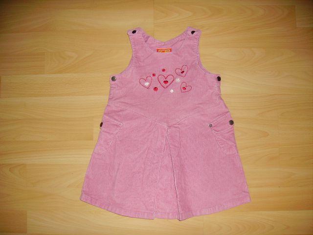 žametna oblekica qutfit 98 cena 5 eur oblečena par krat