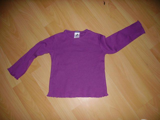 Majčka C&A v 98 cena 2 eur oblečena par krat