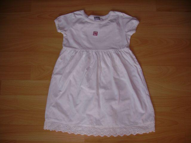 Oblekica DISNIY v 92 cena 6 eur oblečena 2-3 krat za na lepo - bela barva