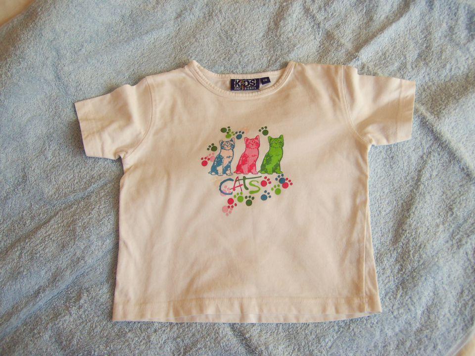bela majčka KIDS v 116 cena 2 eur