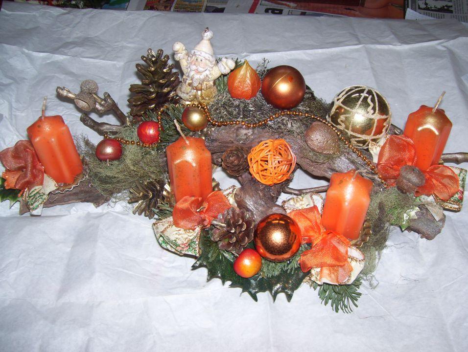 Adventni venčki in namizni božični aranžmaji - foto povečava