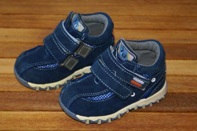 Otroški čevlji, velikost 20, 4€