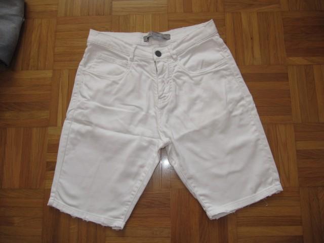 Kratke hlače ZARA, št.36