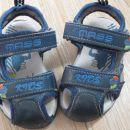 **poletna obutev za fantke**