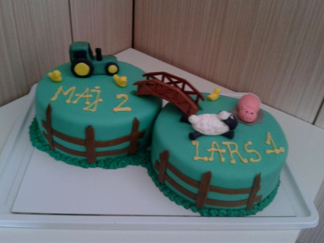 Torta Kmetija In Traktor Pictures