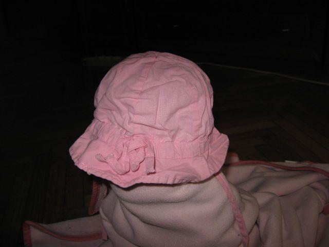 Roza klobuk Dolli vel.47cm, 2€
