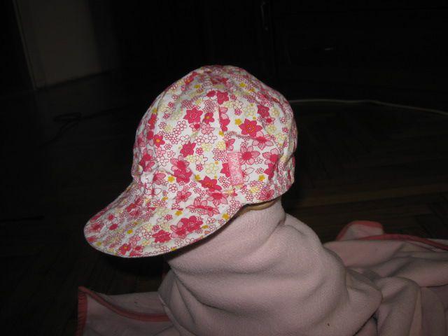 Kapa s šiltom Dolli vel.47cm, 2,5€