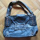 črna globoka torba Monica Paris, 10€, nova cena 8€