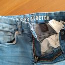 HM hlače 122    5€