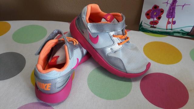 Nike 27      9€