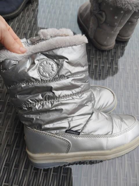 Zimski škornji 33, cena 7€