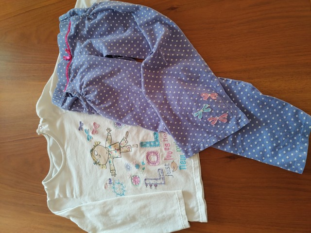 Marks&Spencer pižama 5-6let     4€