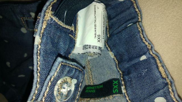 Benetton xxs (3-4) hlače s srčki, 7€