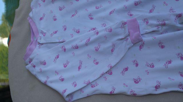 HM pižamica pajac deklica 98, 3€