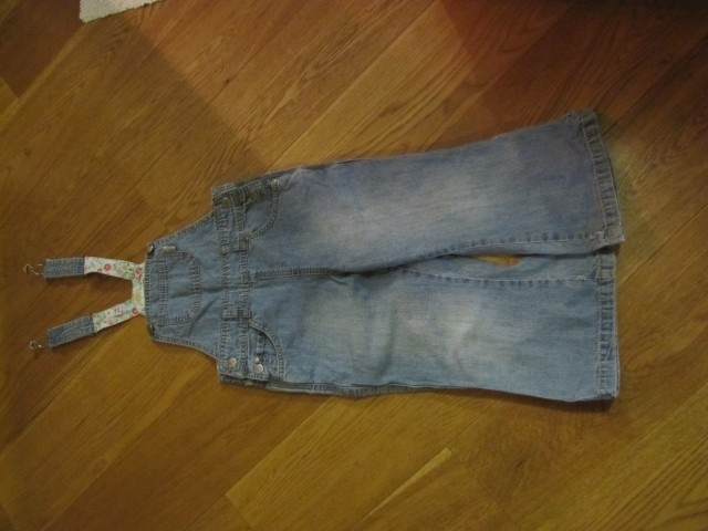 HM jeans hlače farmerke 104, 3€