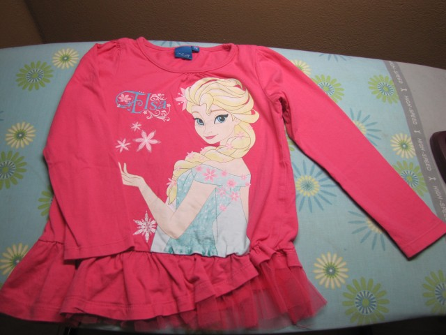 Disney Elsa majčka  116,  2€