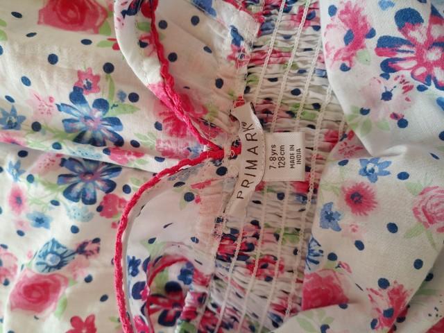 Primark oblekica 128   4€