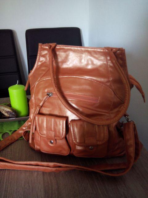 Oranžno-zlata torbica