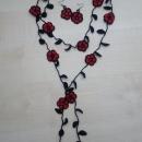 Kvačkan komplet ogrlice in uhanov