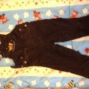 Žametne hlače na naramnice
