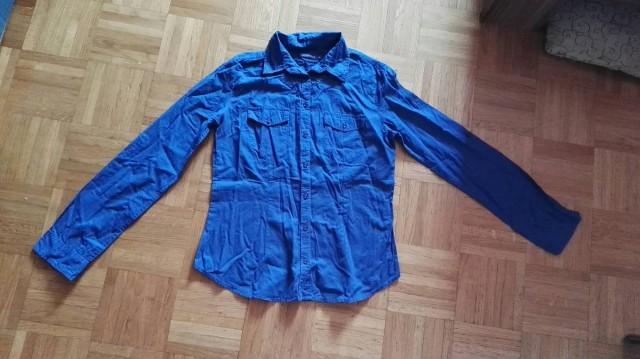 Bluzica za XS in S. Minimalno nošena.