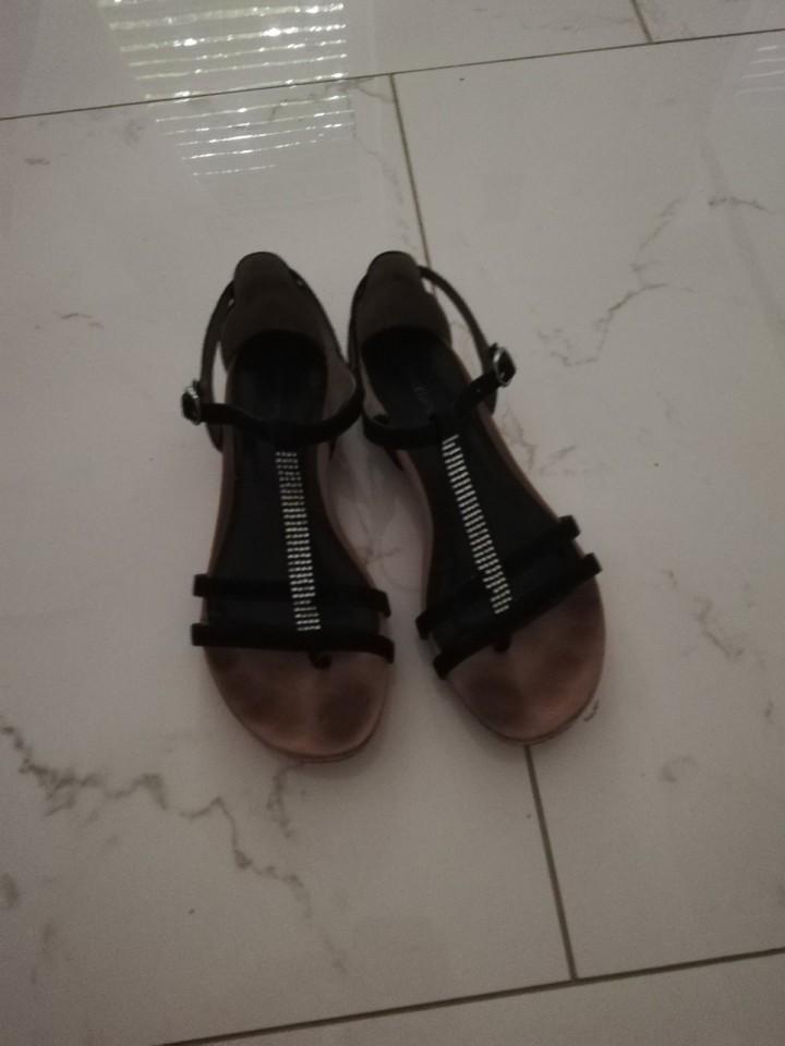 Sandale st.38- 15€ - foto povečava