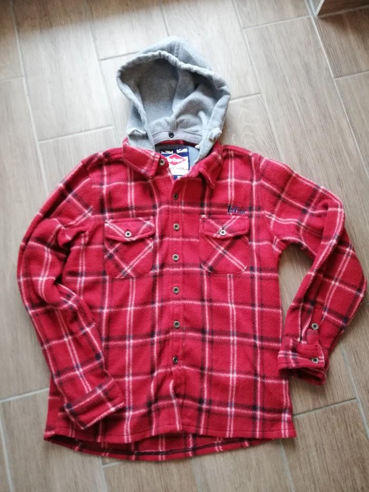 Oblačila za fanta - foto povečava