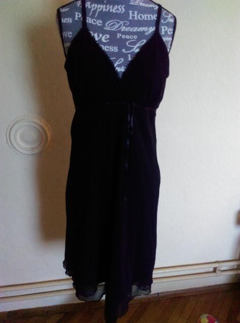 Obleka,nenosena - foto