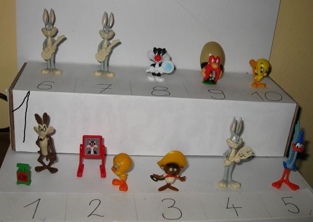 Kinder figurice - Luney tunes - foto