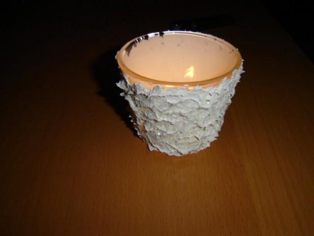 Zimska čajna lučka :-). Kit za les, posuto z bleščicami.