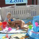 Kaja in Ella na njunem igrišču - Aquapark Žusterna