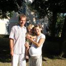 mi3 pred cerkvijo v Strunjanu